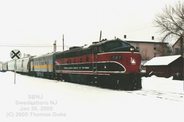 SRNJ train at Swedesboro in 2005.  By Tom Duke.