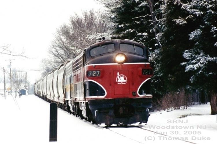 SRNJ train at Woodstown, NJ in 2005.  By Tom Duke.