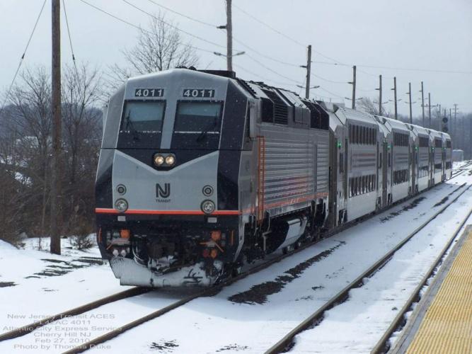 New Jersey Transit 4011 at Cherry Hill, NJ on Feb 27, 2010